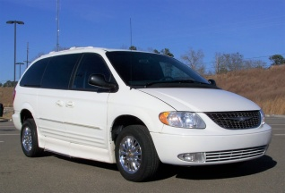 2002 Chrysler Town Country Limited Fwd For In Canton