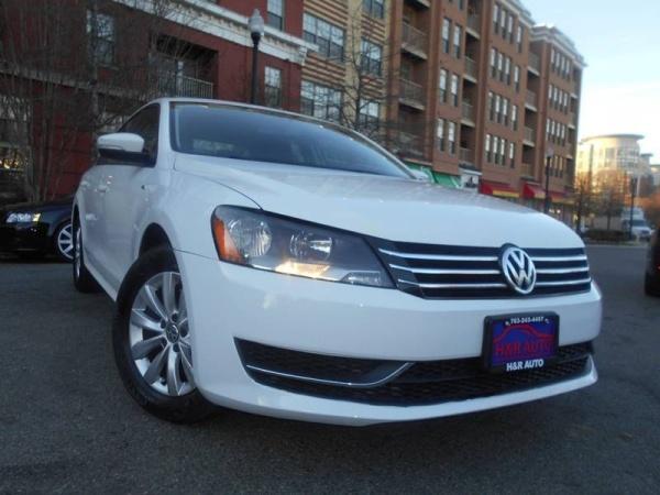 2015 Volkswagen Passat in Arlington, VA