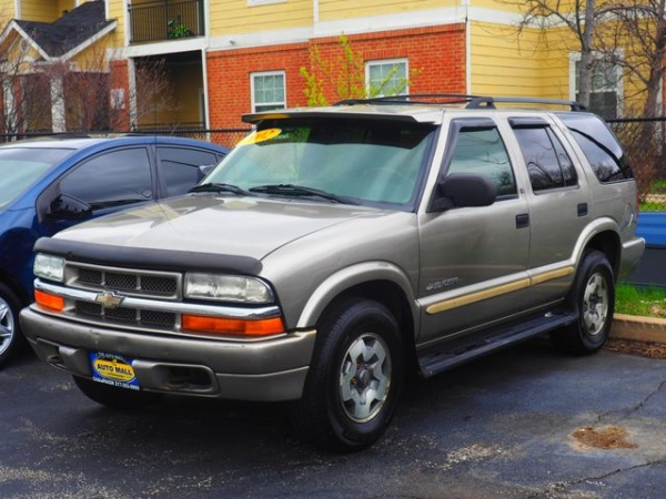 2002 chevrolet blazer ls 4 door 4wd at for sale in champaign il truecar. Black Bedroom Furniture Sets. Home Design Ideas