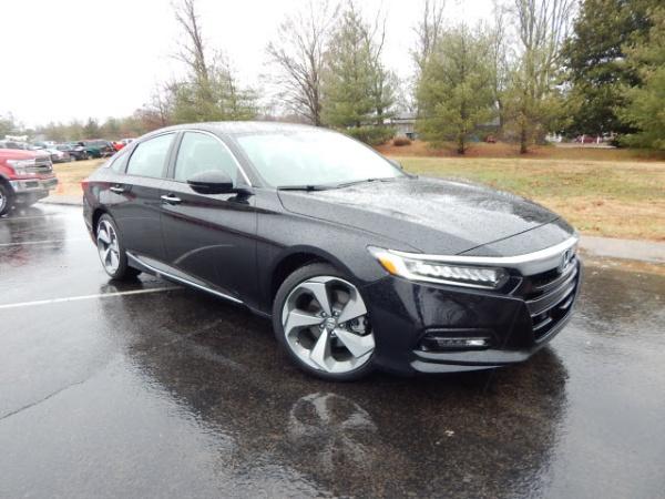 2019 Honda Accord in Dickson, TN