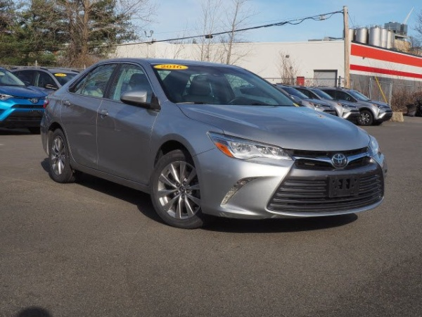 2016 Toyota Camry Xle V6 Automatic