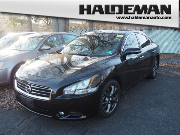 2012 nissan maxima limited edition package