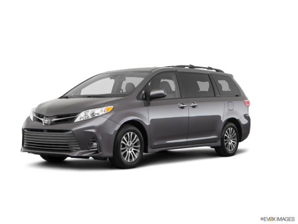 2020 Toyota Sienna in New Hampton, NY