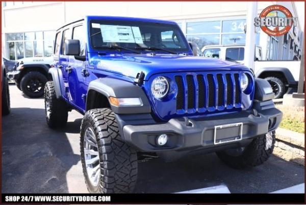 2020 Jeep Wrangler in Amityville, NY