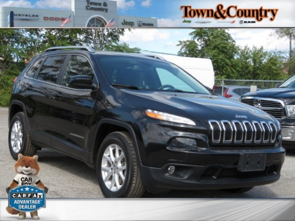2015 Jeep Cherokee in Levittown, NY