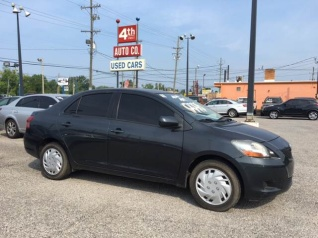 toyota yaris sedan 2011 used