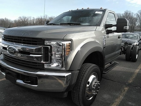 2019 Ford Super Duty F-450 Chassis Cab XLT