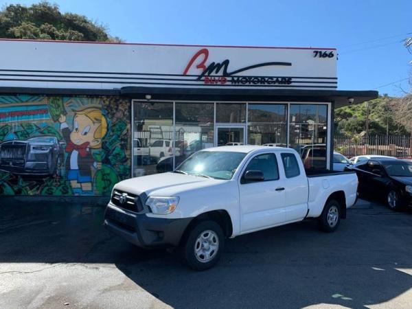 2015 Toyota Tacoma in Tujunga, CA