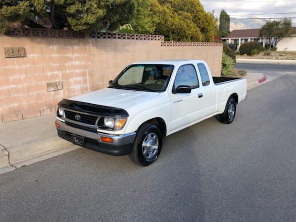 1996 Toyota Tacoma Base 2dr Extended Cab SB