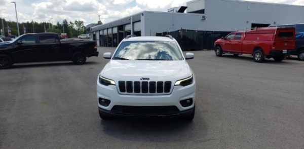 2020 Jeep Cherokee in Austintown, OH