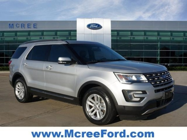 2017 Ford Explorer in Dickinson, TX
