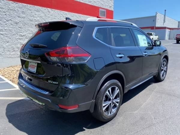 2020 Nissan Rogue in Forest, VA