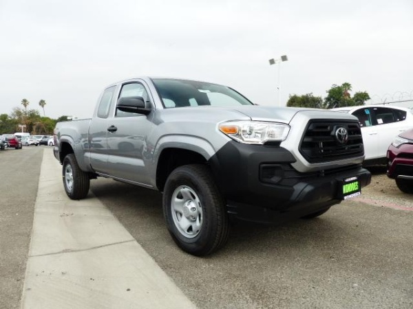 2018 Toyota Tacoma SR Access Cab Long Bed I4 4x2 AT