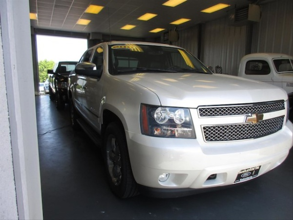 2011 Chevrolet Avalanche in Rolla, MO