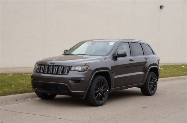 2019 Jeep Grand Cherokee in Oak Park, MI