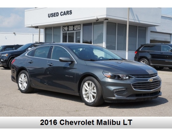 2016 Chevrolet Malibu in Oak Park, MI