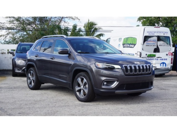 2019 Jeep Cherokee in Hollywood, FL