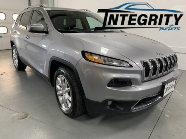 2017 Jeep Cherokee in Fond Du Lac, WI