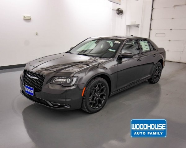 2019 Chrysler 300 in Blair, NE