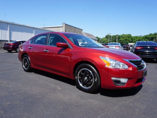 used nissan altima for sale in westport ma u s news. Black Bedroom Furniture Sets. Home Design Ideas