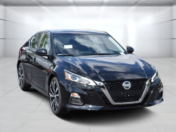 2020 Nissan Altima in Fort Wayne, IN