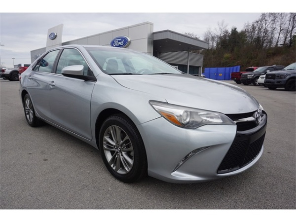 2017 Toyota Camry in Lenoir City, TN