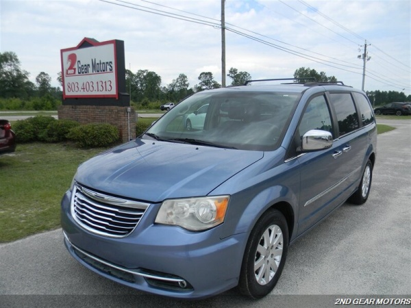 2012 Chrysler Town & Country in Lugoff, SC