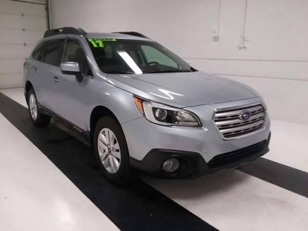 2017 Subaru Outback in Topeka, KS