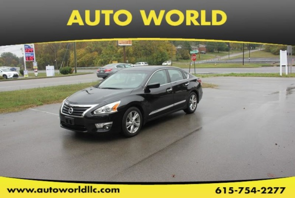 2015 Nissan Altima in Old Hickory, TN