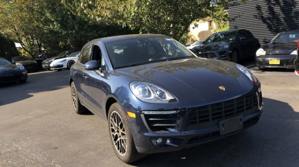 2018 Porsche Macan in Huntington Station, NY