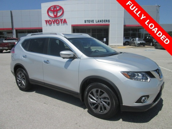 2016 Nissan Rogue in Rogers, AR