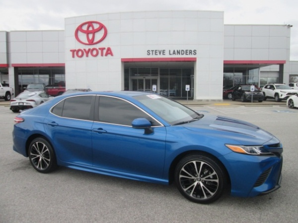 2018 Toyota Camry in Rogers, AR