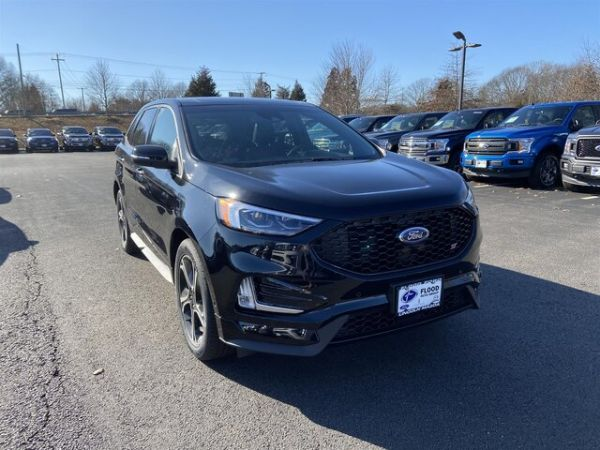 2020 Ford Edge in Narragansett, RI