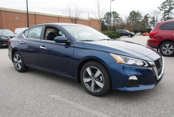2020 Nissan Altima in Wake Forest, NC
