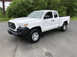 2016 Toyota Tacoma Sr5 Access Cab 6 1 Bed I4 Rwd Automatic For In Greensboro