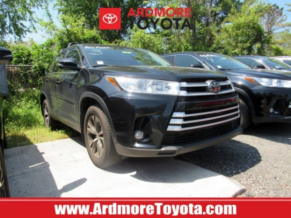 2019 Toyota Highlander in Ardmore, PA