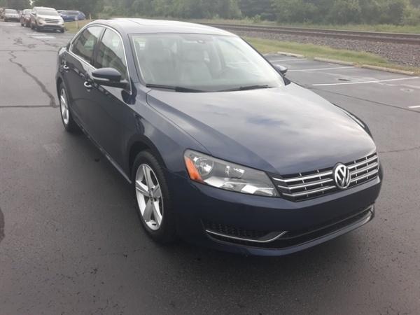 2013 Volkswagen Passat in Elkhart, IN