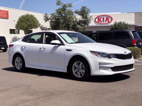 2017 Kia Optima in Tempe, AZ