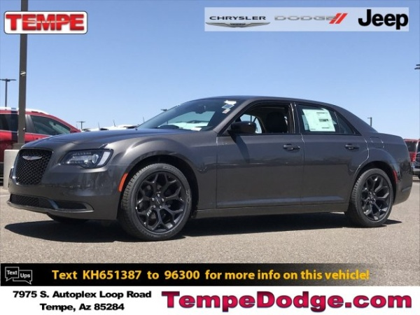 2019 Chrysler 300 in Tempe, AZ