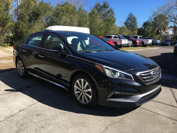 2017 Hyundai Sonata in Gainesville, FL