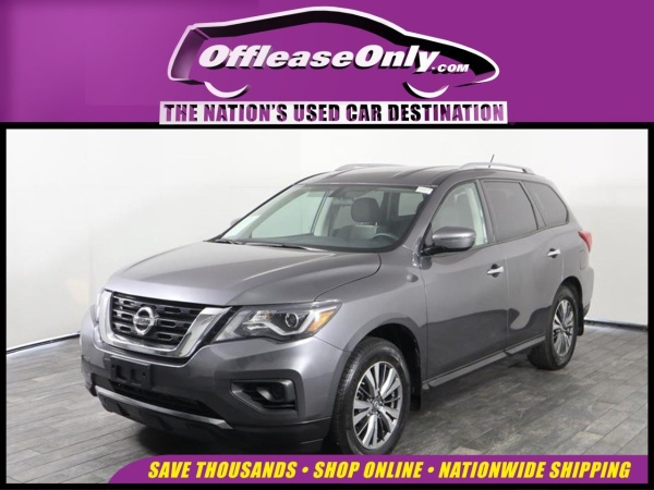 2017 Nissan Pathfinder in Miami, FL