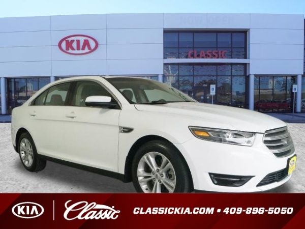 2017 Ford Taurus in Beaumont, TX