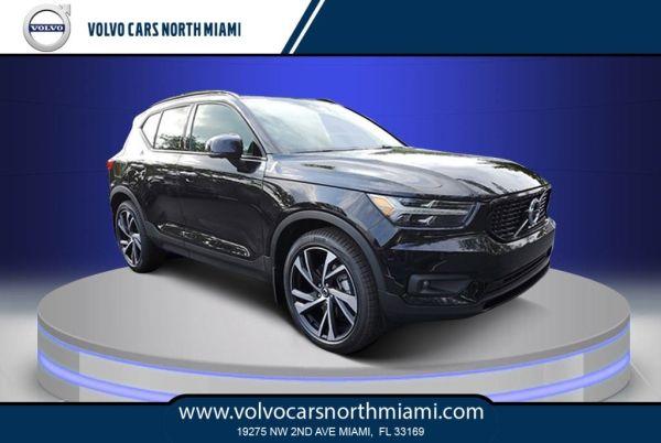 2020 Volvo XC40 in Miami, FL