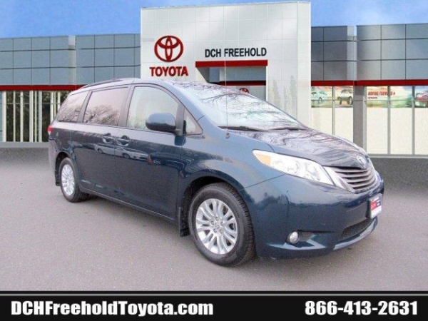 2012 Toyota Sienna in Freehold, NJ