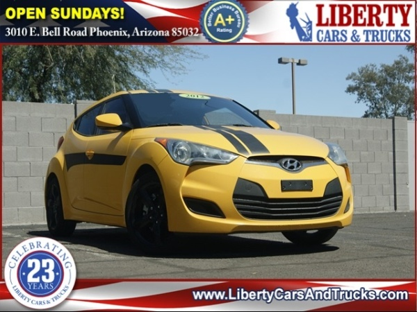 6016e53c31d 2012 Hyundai Veloster 3dr Coupe Man w Gray Int