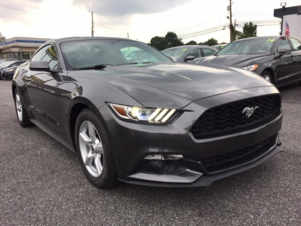 2015 Ford Mustang in Rosedale, MD