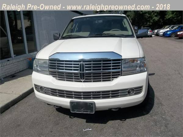 2007 Lincoln Navigator in Raleigh, NC