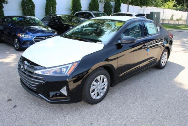 2020 Hyundai Elantra in Willow Grove, PA