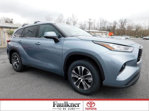2020 Toyota Highlander in Harrisburg, PA