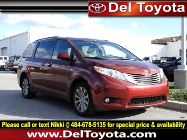 2017 Toyota Sienna in Thorndale, PA